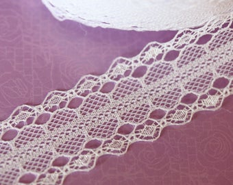 Pretty sheer white lace Ribbon