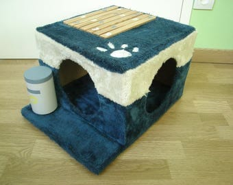 recycled blue and white cat tree