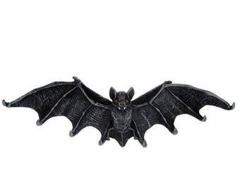 Bat key - bat key holder gothic batcave vampire vampiregoth strigoi vampiremagick