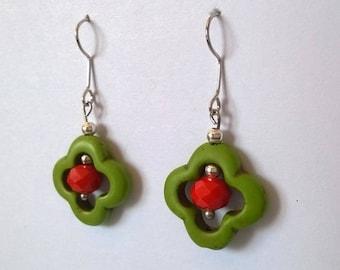 """""""ethnic"""" earrings green clover"""