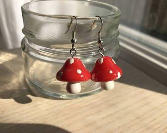 Earrings small red mushrooms
