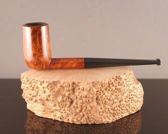 Tobacco smoking traditional briar pipe - Billiard