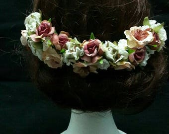 Crown back pink and beige flowers