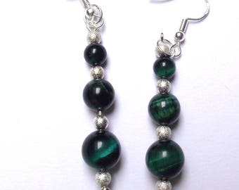 Earrings Green Tiger eye beads.