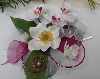Centerpiece with artificial flowers - white silver and fuchsia