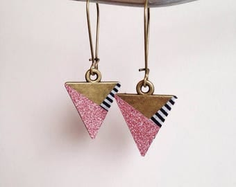 Lovely pair of earrings - pink trio - colored Metal bronze