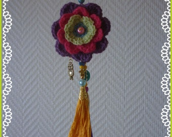Interior Design: style hippie, Bohemian, beaded and crocheted flowers earrings