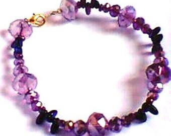 Purple faded faceted beaded bracelet