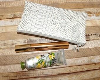 Makeup / pouch