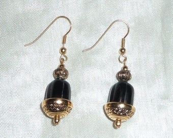 Earrings with faux Pearl