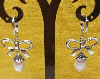 Bow and Pearl Earrings freshwater pearls