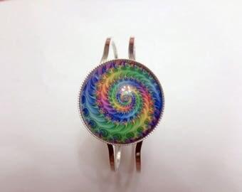 Large multicolor spiral pattern cabochon bracelet