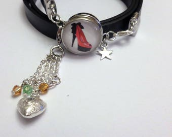 Button/snap chunk with 4 interchangeable buttons bracelet