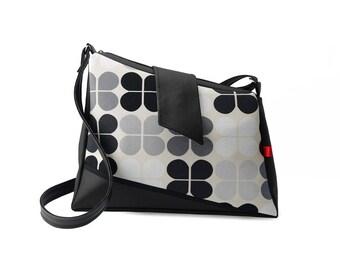 Shoulder asymmetrical black and white 70s pattern