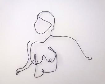 Wire sculpture woman