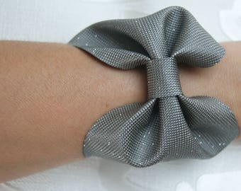 """joy"" leather knot bracelet"