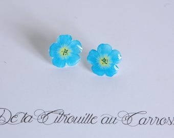 Blue flower ear studs
