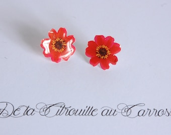 Red flower ear studs