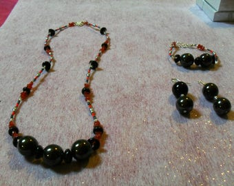 beautiful set (necklace, bracelet and earrings) black, red and silver