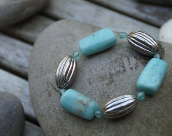 Elastic bracelet turquoise and silver beads