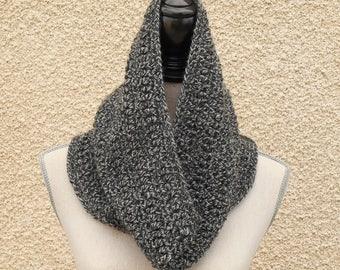 Snood mottled: grey and black crochet