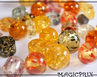SET of 30 beads Imitation resin amber 11 to 22 mm m2245