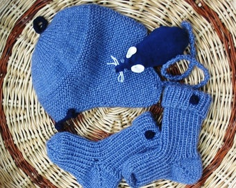 Set of socks and Aviator hat, hand knitted, blue 6 month baby, birthday gift.