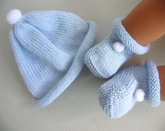Newborn blue booties and hat handmade knit baby wool