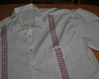 Shirt with hand embroidery