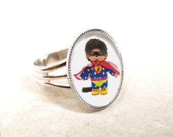 small oval ring Kiki Superman