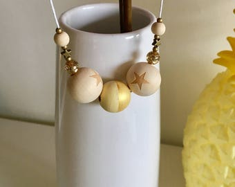 Necklace gold and yellow wood beads