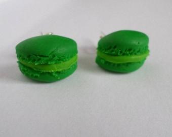 Demi-macarons Mint polymer clay earrings