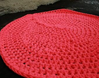 Crochet Rug- hot pink