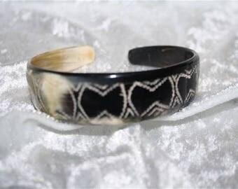 Bracelet made of zebu Horn