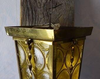 Antique lantern on planks/Wanddekoratiuon/brass lantern on antique wooden board