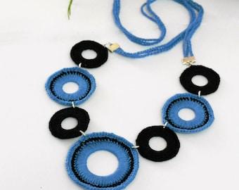 medium-long necklace made of doilies