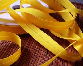 Yellow cotton bias