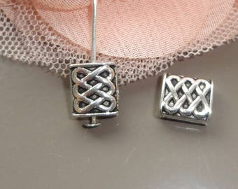 4 beads silver rectangle spacer links connectors engraved 11 x 9 mm