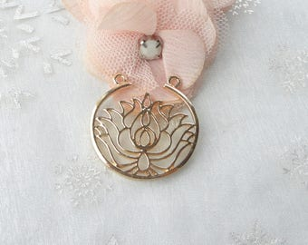 Silver Flower Connector Lotus gold 33mm x 32mm