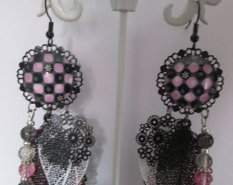 Earrings cabochon and prints checkerboard pattern