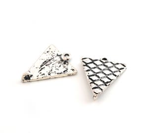 2 connectors silver metal 25x21mm triangles