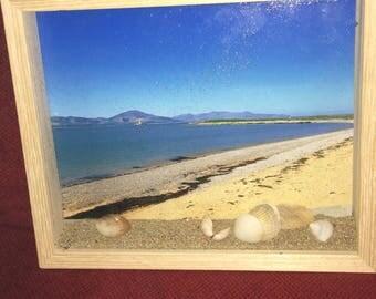 Beach deepframe with sand and shells