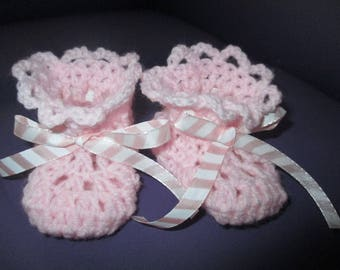 Pink and white booties 0-3 month baby birth