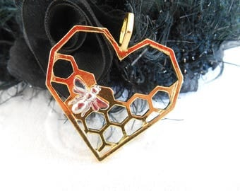 x 1 gold heart pendant and silver bee