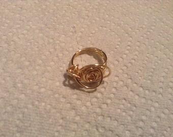 Jane 12 Rosette Ring