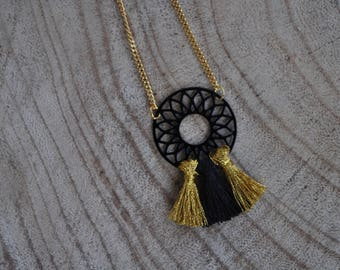 Rose necklace and tassel - Versailles
