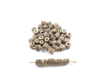 30 pearls irregular wooden columns from raw & natural tulsi bark +/-5-7mm x 5-8mm LBP00614