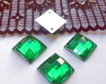 LARGE RHINESTONE sew green square resin 14 x 14 mm 4 rhinestones (U89)