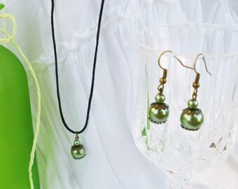 Green Bohemian glass bead necklace and earrings and bronze metal
