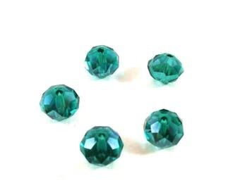 Set of 10 faceted green synthetic (Ref.101)